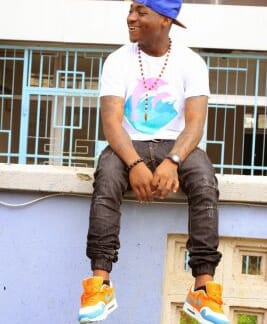 Airport security operatives seize 17 Davido's luggage, detain aide